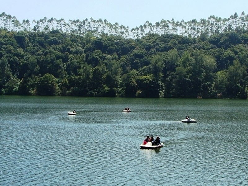kundala-lake-munnar-tourism